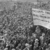 Οι ομαδικές απολύσεις λόγω συμμετοχής σε συνδικαλιστική οργάνωση και η προστασία της ΕΣΔΑ
